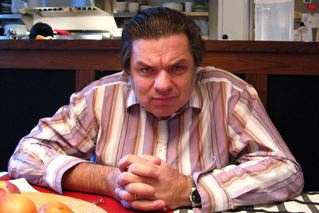 Oliver Platt Being Creepy